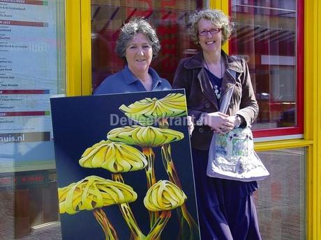 Netty Brandwijk en Margreet Onstee, kunst & tassen