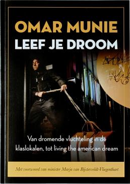 Omar Munie - Leef je droom - Tassen-mode-nieuws