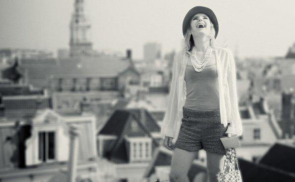 70's Bag - Pauline Ann van der Meijs  - City Background- Tassen-mode-nieuws