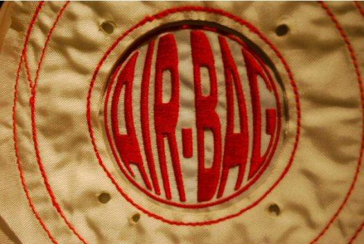 Air-bag logo - De Groene Band - Tassen-mode-nieuws