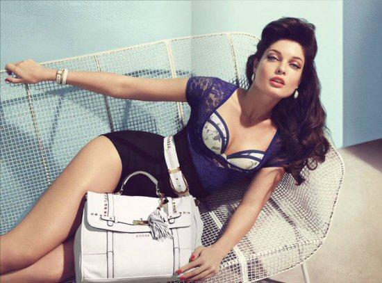 Lekker combineren met tassen en kleding van guess tassen - Mode stijl amerikaans ...